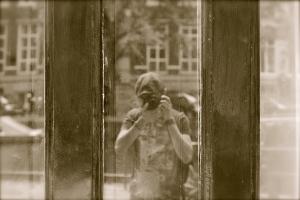 Amsterdam 2008.  Self Portrait. Nikon D80 AF-S DX 18-135 f/3.5-5.6G